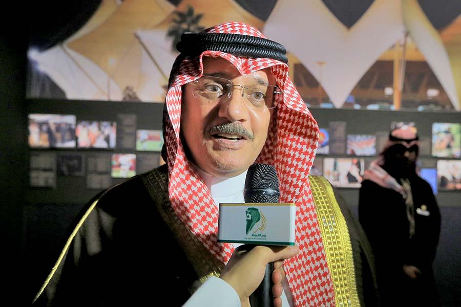 الوليد بن بدر : تمنيت لو أخذت صورة مميزة مع الملك فهد