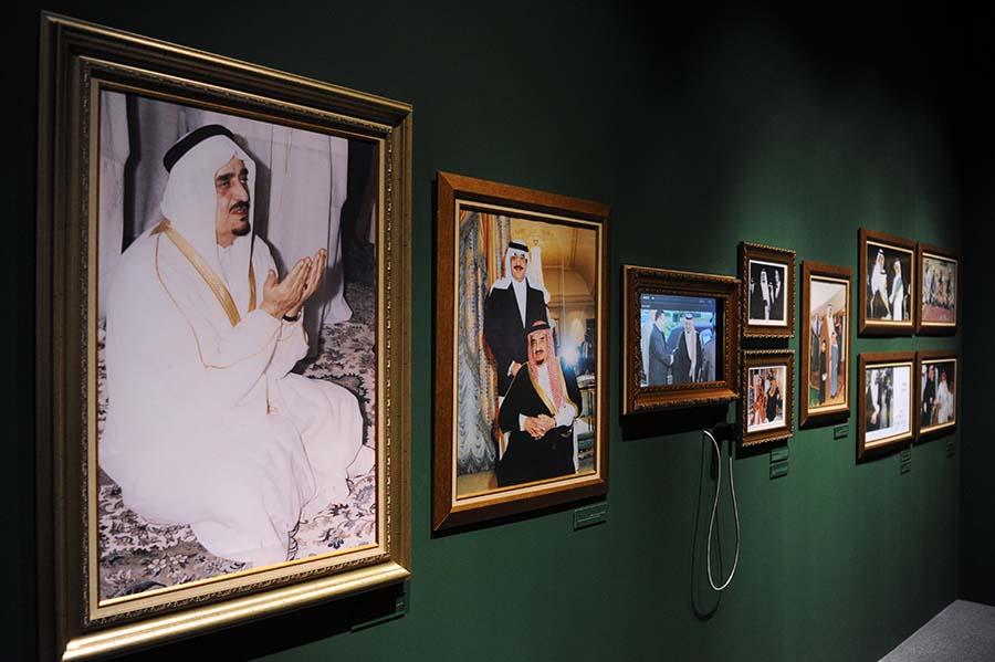 تمديد معرض الملك فهد بسبب الإقبال الكبير