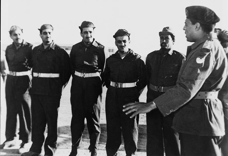 الملك فهد والملك سلمان في الجيش