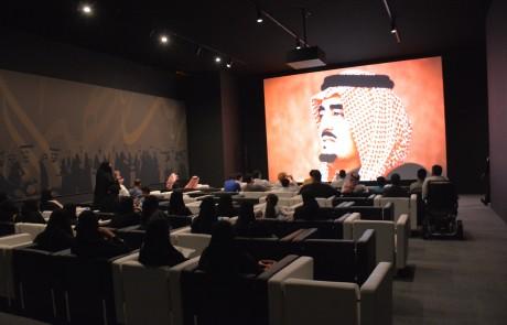 معرض الفهد روح القيادة في جدة