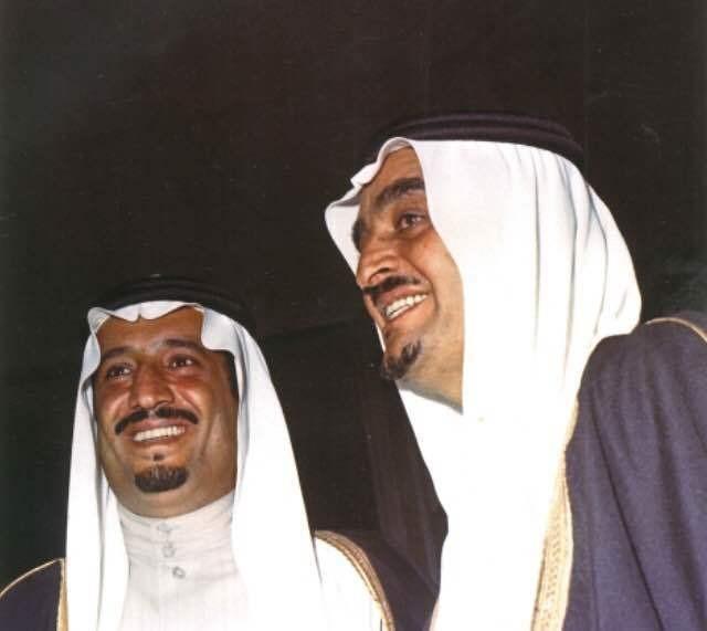 حضور الفهد وبصحبته الملك سلمان المباراة النهائية لدورة الخليج الثانية لكرة القدم بالرياض.