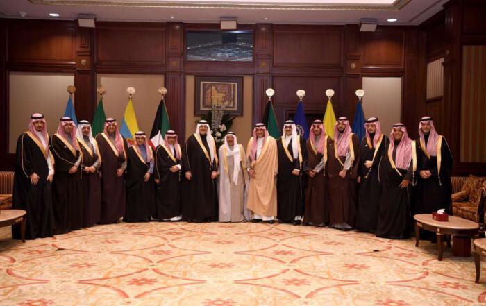 أمير دولة الكويت يستقبل الأمير محمد بن فهد بمناسبة افتتاح معرض الفهد روح القيادة