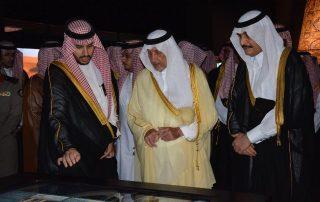 افتتاح معرض الملك فهد روح القيادة في منطقة مكة المكرمة خالد الفيصل: الملك فهد استثنائي في وقته كونه رجل فذ