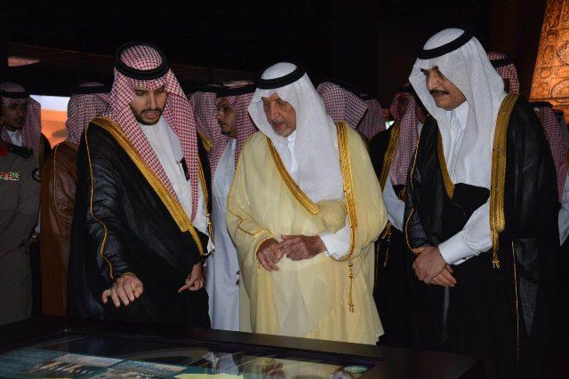 خالد الفيصل: الملك فهد استثنائي في وقته كونه رجل فذ