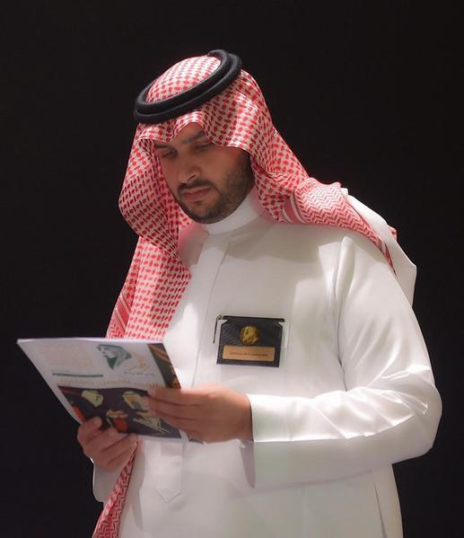 الأمير تركي بن محمد يتفقد اللمسات الأخيرة بمعرض الفهد روح القيادة